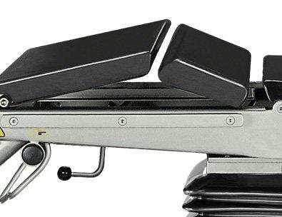 SU-03 – Stół z ławeczką nerkową